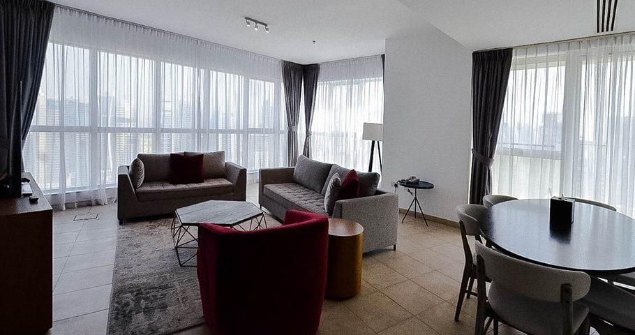 อพาร์ตเมนต์ แบบสามห้องนอน