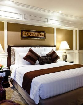 royal-princess-larn-luang-bangkok-room-princess-suite-bedroom