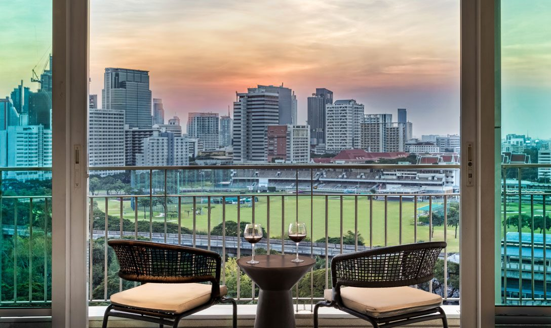 dusitsuites-ratchadamribangkok-One-Bedroom-Premium-Suite-Terrace