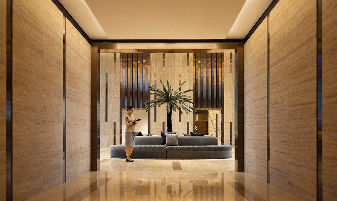 DTLS--Hotel-Lobby-with-reception-staff