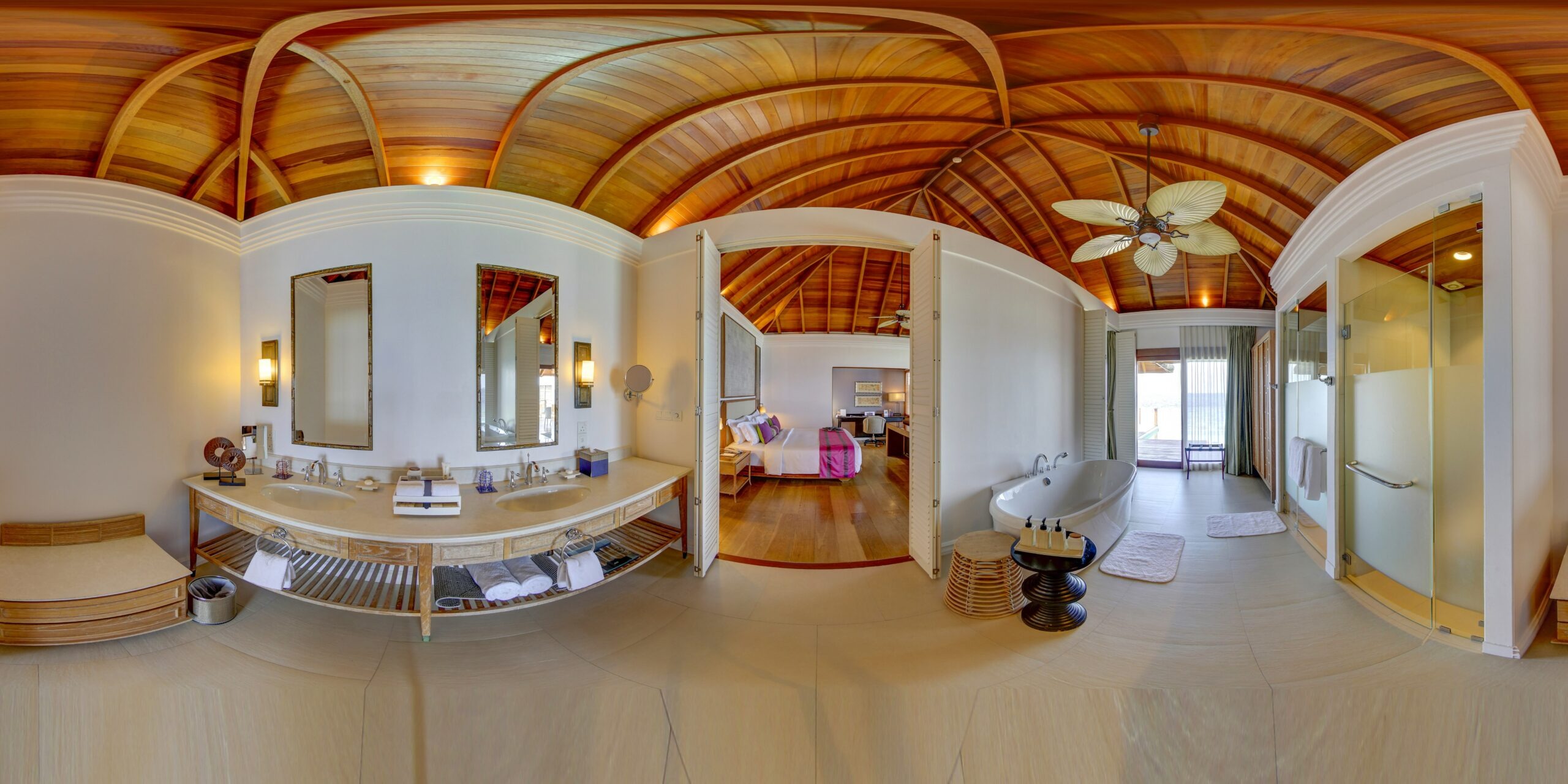Water Villa with Pool, Bedroom, Bathroom
