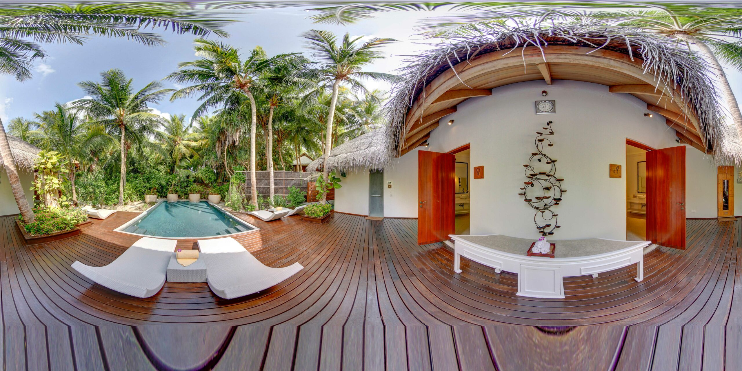Devarana Spa, Pool area, sauna, hot and cold jacuzzi