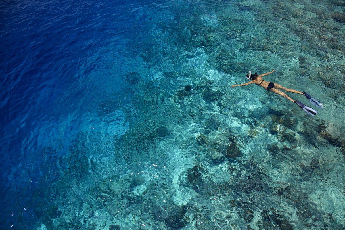 dusit-thani-maldives-Snorkeling-min
