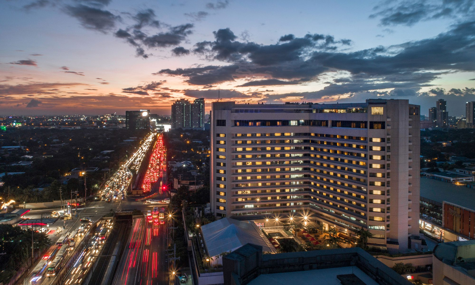 Dusit-Thani-Manila_Hero-shot